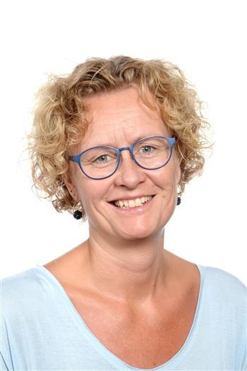 Mette Fogdahl-Wiese, MF